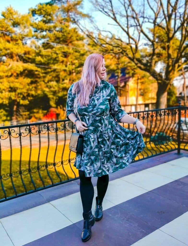 moda plus size: sukienka butelkowa zieleń
