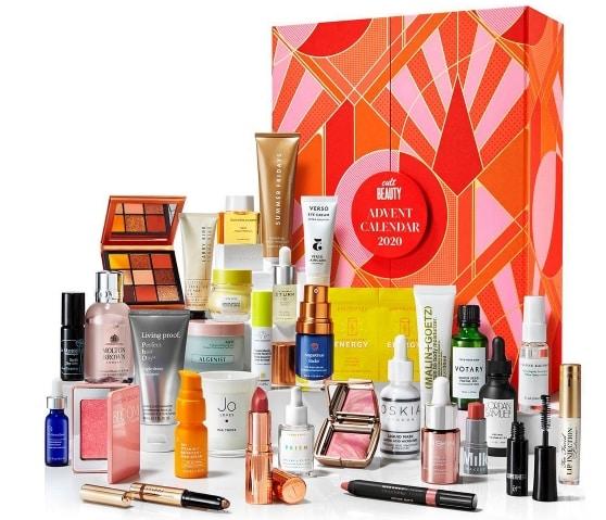 Najlepsze kalendarze adwentowe z kosmetykami 2020: cult beauty