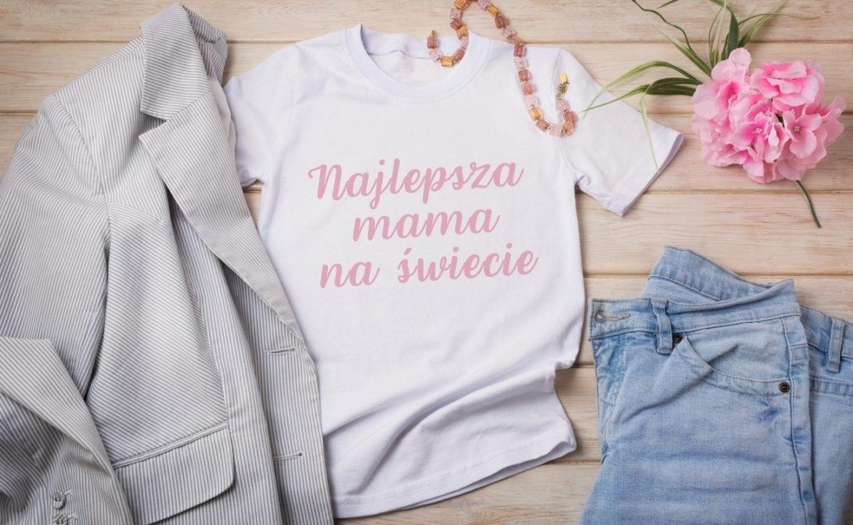 pomysł na prezent dla mamy - spersonalizowana koszulka